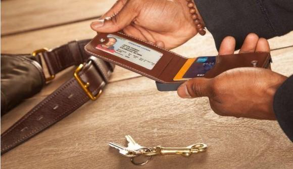 Körkort, bankkort och utrymme för mera.