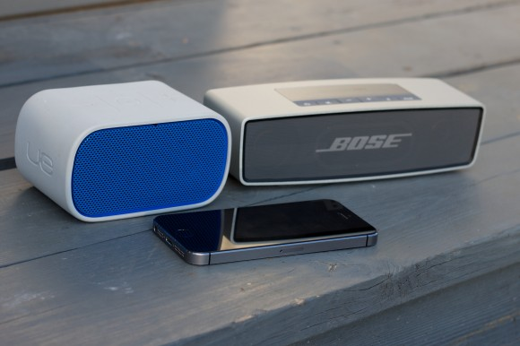 Logitech UE Boombox Mobile, Bose Soundlink Mini, iPhone 5s