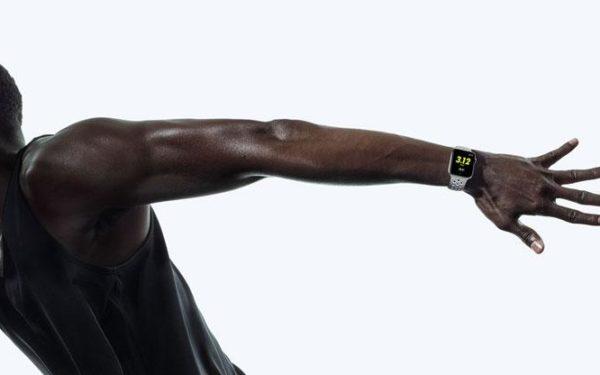 515794-apple-watch-nike-vs-fitness-trackers